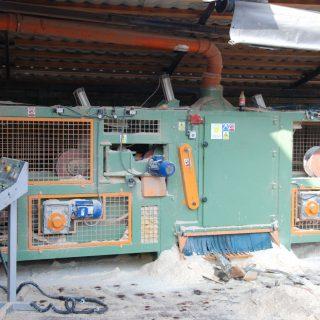 Zakup linii technologicznej do cięcia drewna przez Wytwórnię Opakowań Drewnianych.